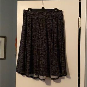 Cute skirt with pockets...never worn.